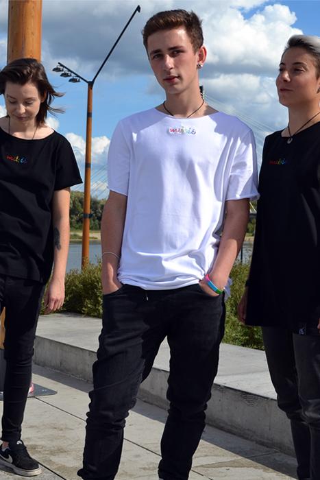 koszulka oversize
