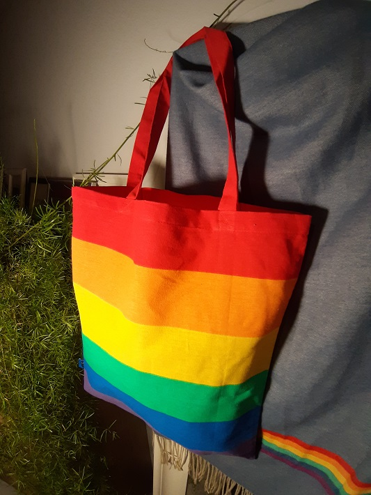 tęczowa torba